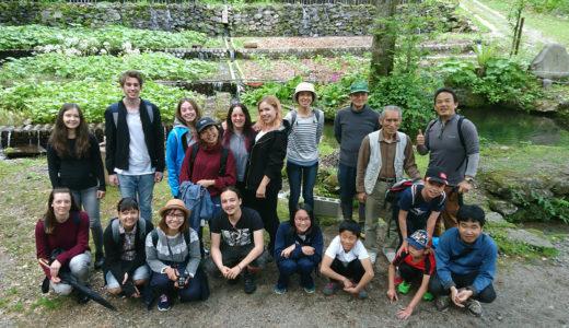 NPO法人白山しらみね自然学校では留学生の山村文化交流事業を実施しています。